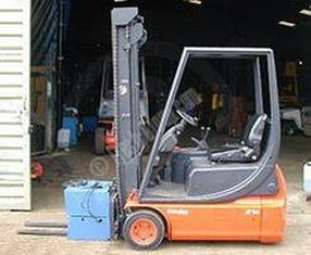 multi purpose 3 wheel electric forklift truck