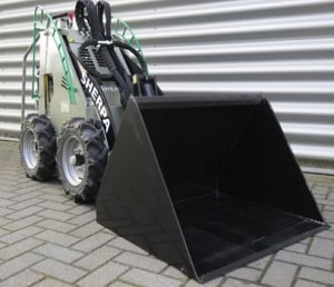 100 mini skid loader fitted with an 85 cm volume bucket