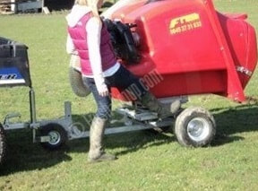 PC1000 swivel paddock vacuum cleaner for poo picking horse manure in fields and horse paddocks
